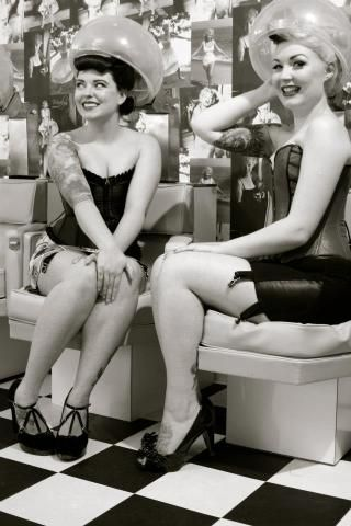 Retro Vintage Beauty Salons ...