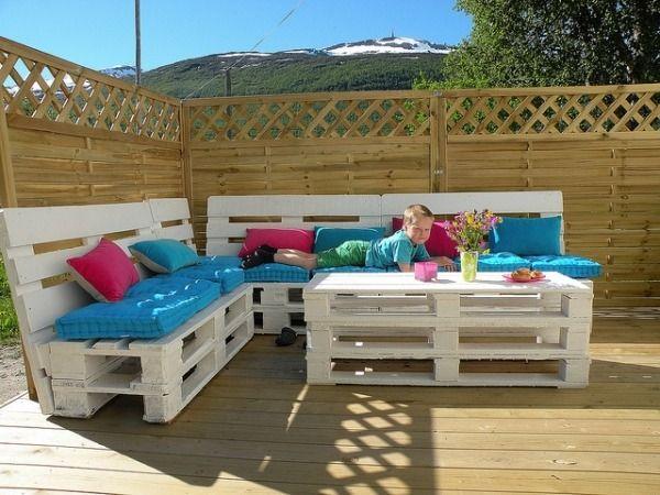 terrassenm bel holz paletten polsterung balkon garten. Black Bedroom Furniture Sets. Home Design Ideas