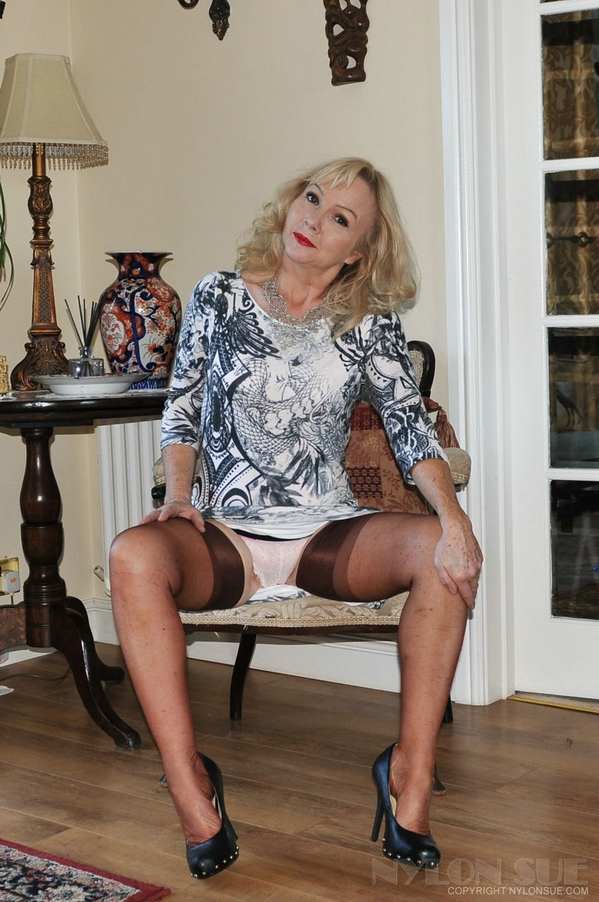 In high grannies nylons heels and