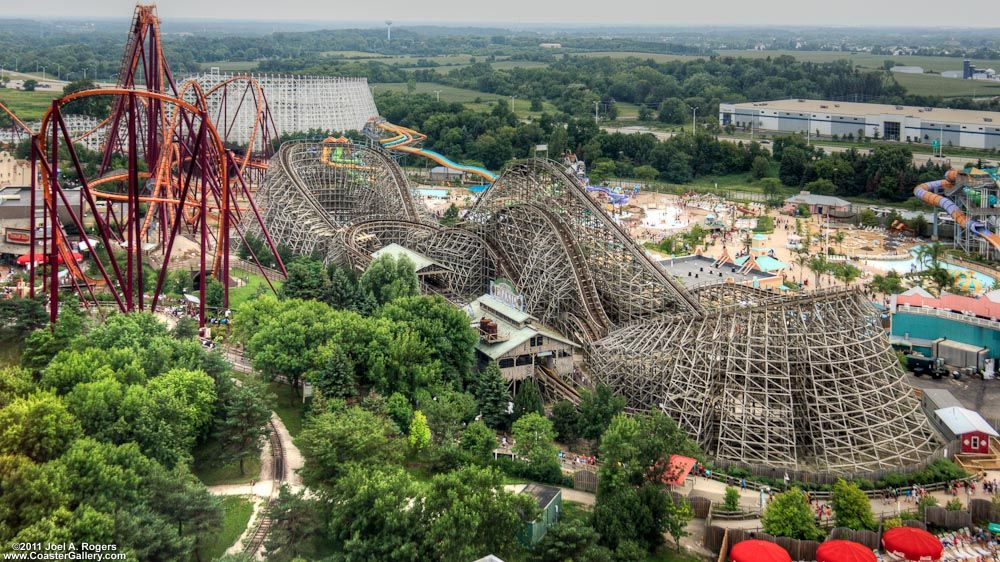 Aerial Shot Of The Viper Roller Coaster And Hurricane Harbor Great America Six Flags Six Flags Great Adventure