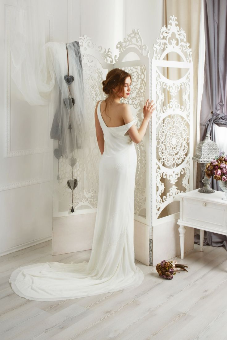 The best wedding dress collections looking for the latest wedding