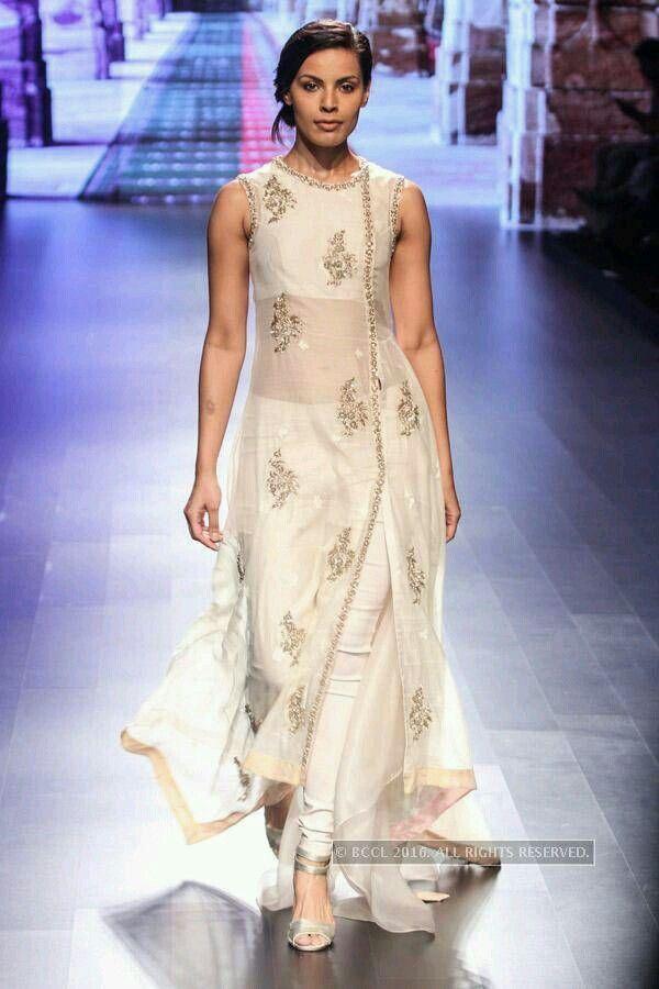 Pin von Imroze Sidd. auf Designer Wear. | Pinterest | Hochzeitskleider