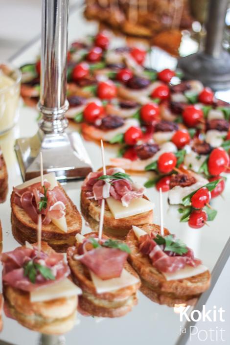 7 sortin tapaspöytä | Kokit ja Potit -ruokablogi #tapas #pinchos