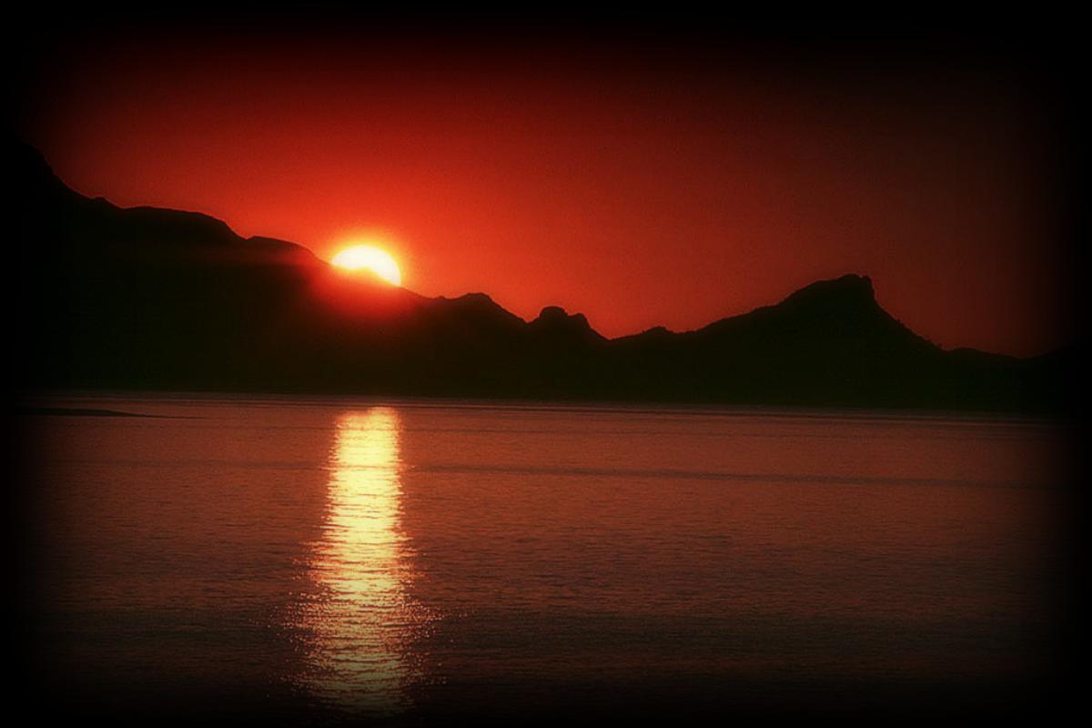 Seasonal Lake Sunset