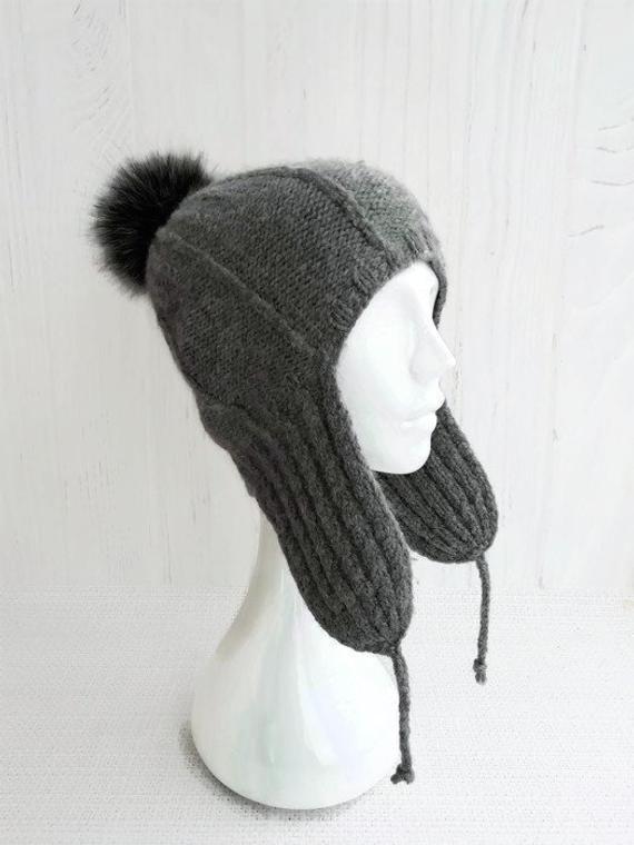 2454b72cd Knit aviator hat covers ears - Beanie with ear flaps women - Wool ...