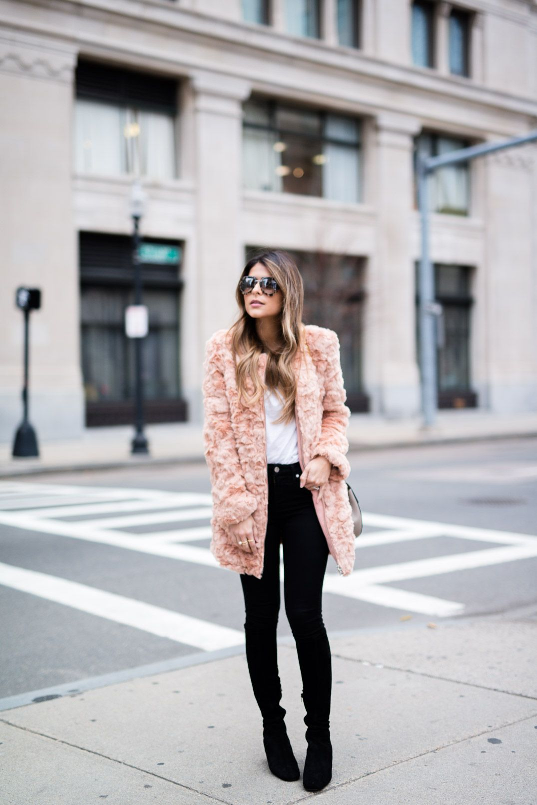 Pam Hetlinger wearing a Forever 21 Faux Fur Jacket, 7 for all Mankind black skinny jeans, delman boots, Chloé Drew Bag and Prada aviators