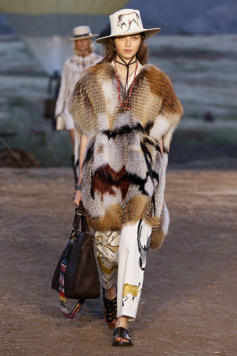 a56d69c096 Christian Dior | Cruise 2018 | Look 25 Cruises 2018, Dior Couture, Star  Fashion