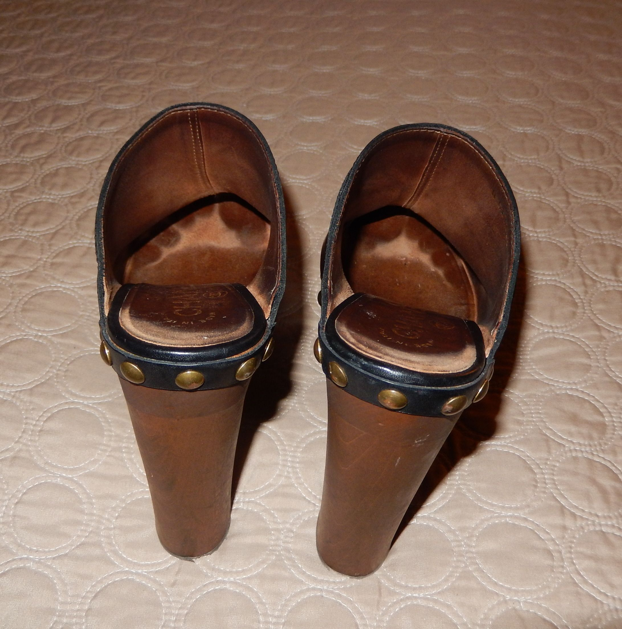 0a2720eb0ff6 Well Worn Sapphic Clogs Chanel