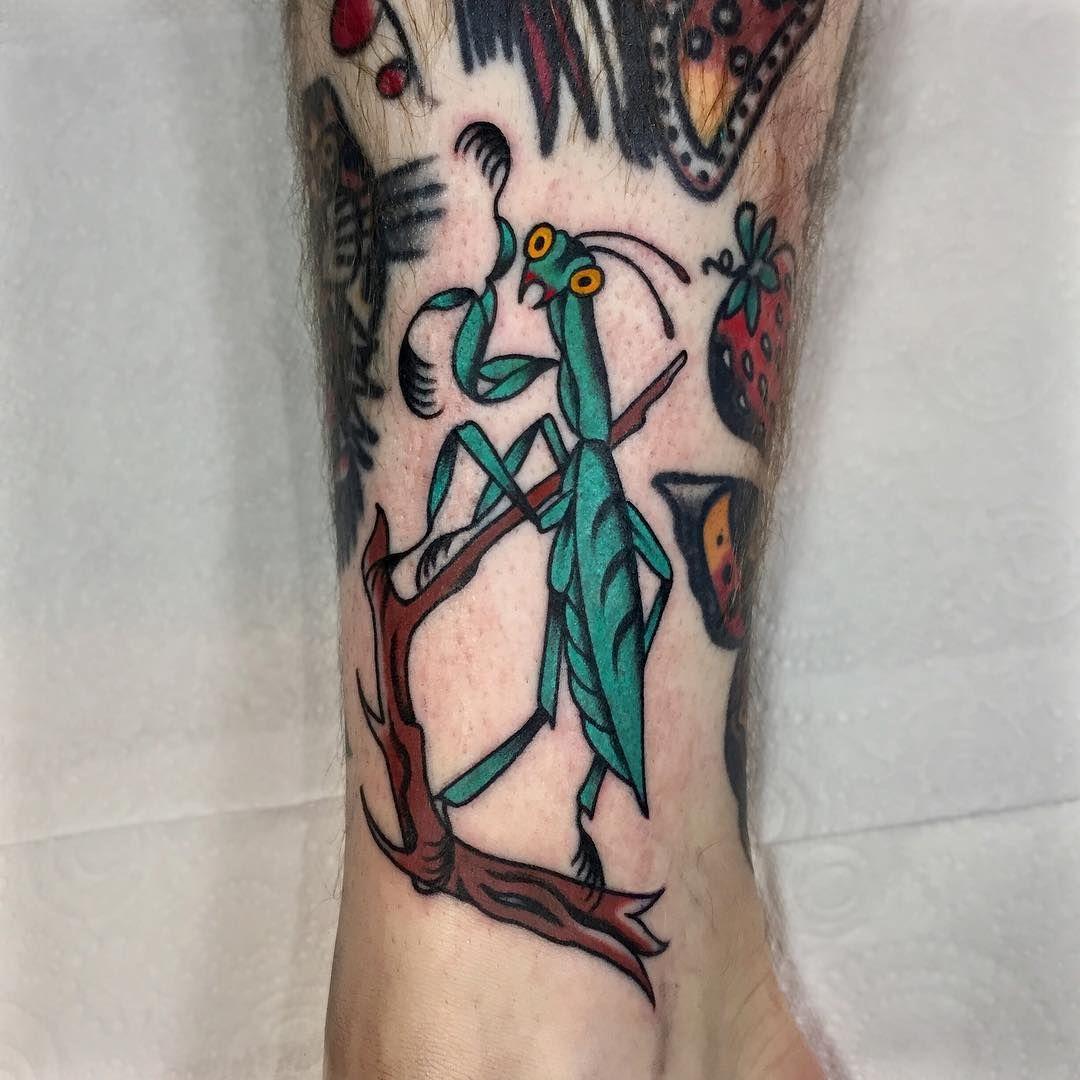Praying Mantis Tattoo By Lukejinks Mantis Tattoo Tattoos Tattoo Designs
