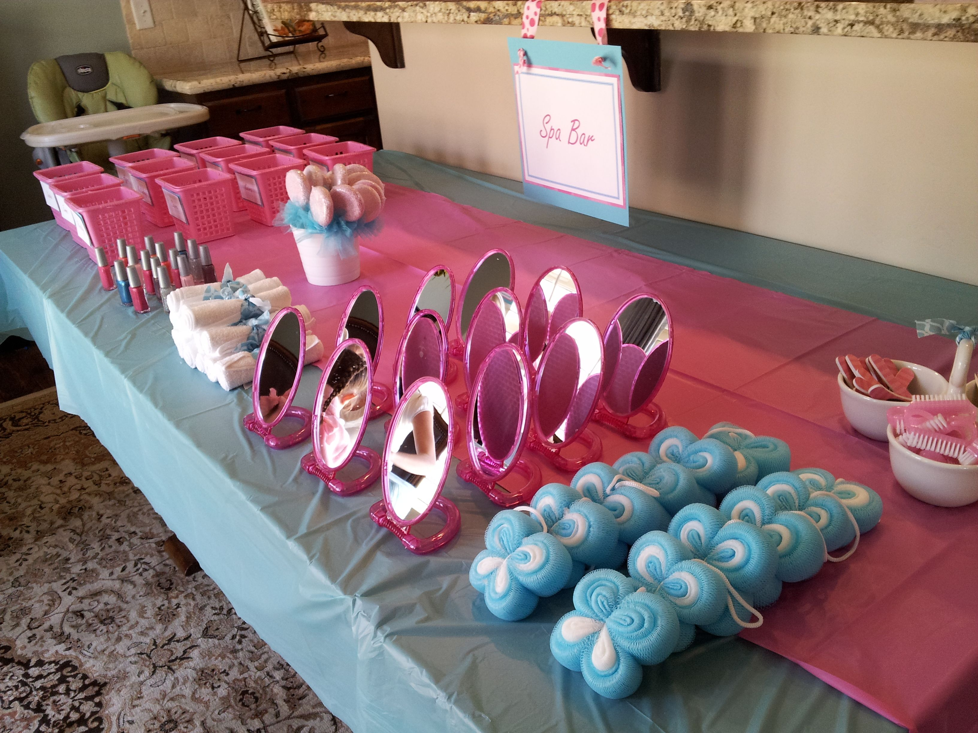 Girls spa party how to throw a spa party for Spa ideas for home