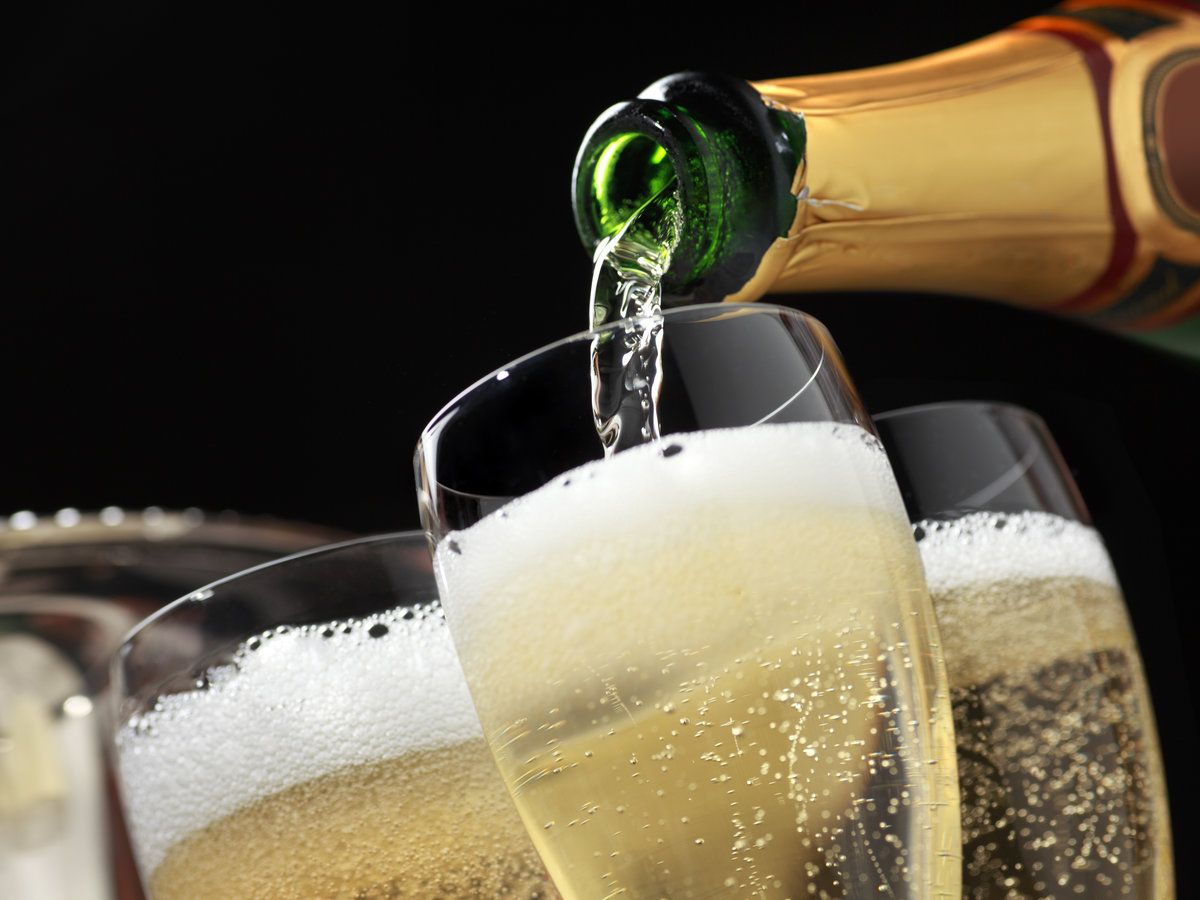 The 15 Champagnes to Drink If You Want to Be a Real Expert | Sparkling wine, Good cheap champagne, Cheap champagne