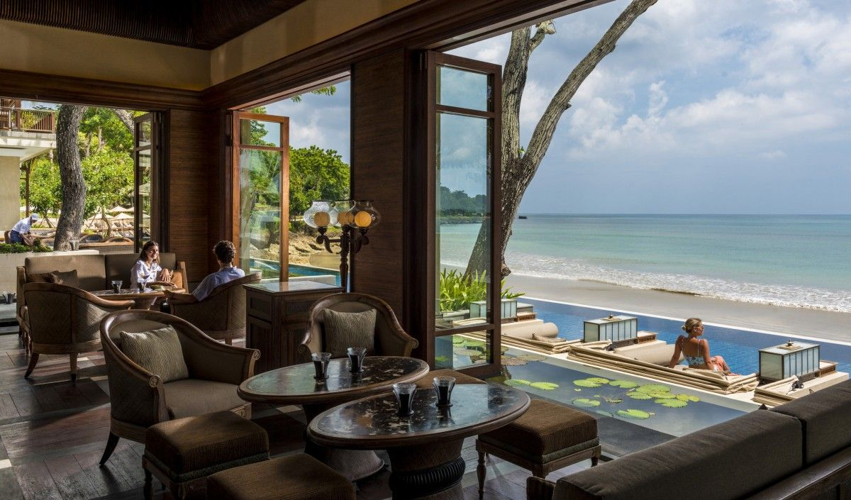 Two Bali Classics, Better Than Ever Schöne hotels