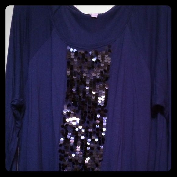 Sequin tunic from Old Navy Navy Blue sequin tunic Old Navy Tops Tunics