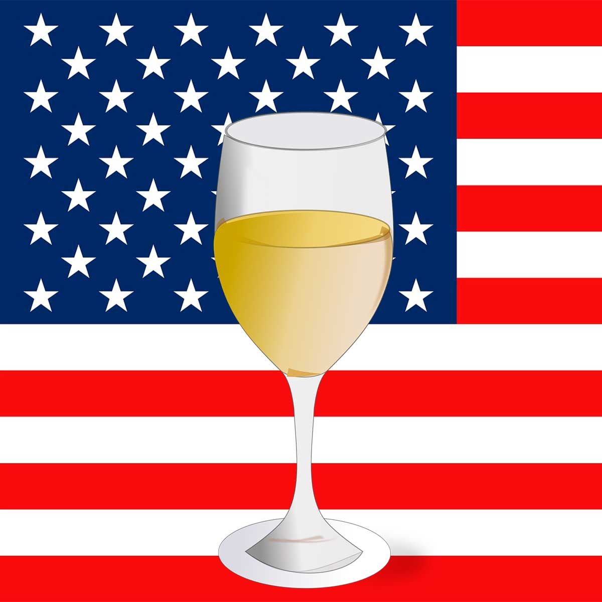 Wine Type American White Wine Https Worldsbestwines Eu White Wine American White Wine Famous For Its Juicy Chardonnay A White Wine Wine Wine Variety