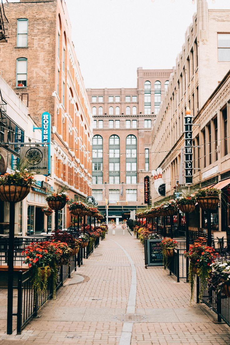 East 4th Street - Capture the best photography spots in Cleveland with this complete list! We're sharing the top 20 best instagram spots in Cleveland, Ohio, where the best views are, and amazing photo ops in the city. #Ohio #Cleveland #instagram #photography #downtown #bestviews #travel #summer #rustbelt #photo #explore
