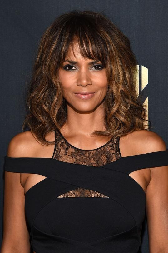 Get Her Look: Halle at the MTV Movie Awards -   Halle Berry epitomizes timeless, flawless, ageless beauty, and last night at the MTV Movie Awards, she was in glam mode.  Yahoo Beauty  http://tvseriesfullepisodes.com/index.php/2016/04/11/get-her-look-halle-at-the-mtv-movie-awards/