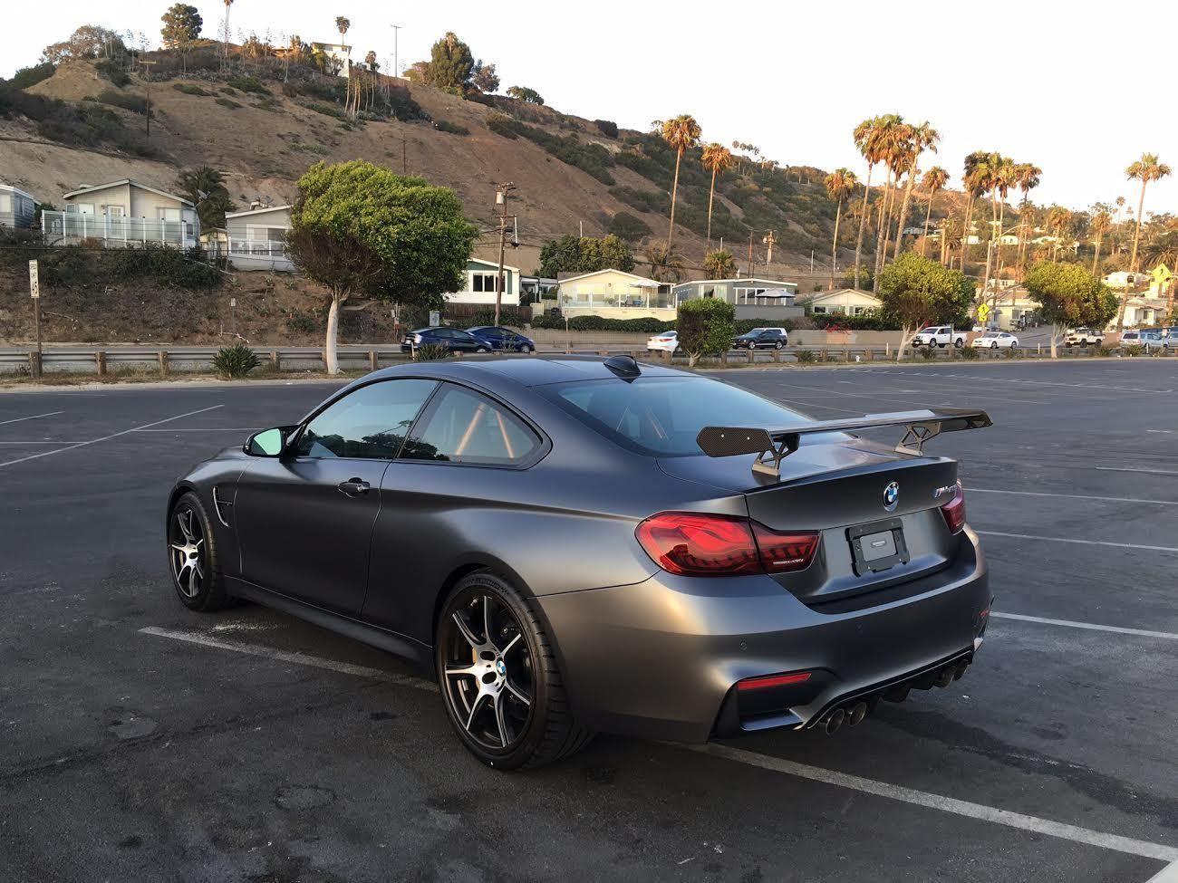 Amazing BMW: M4 GTS