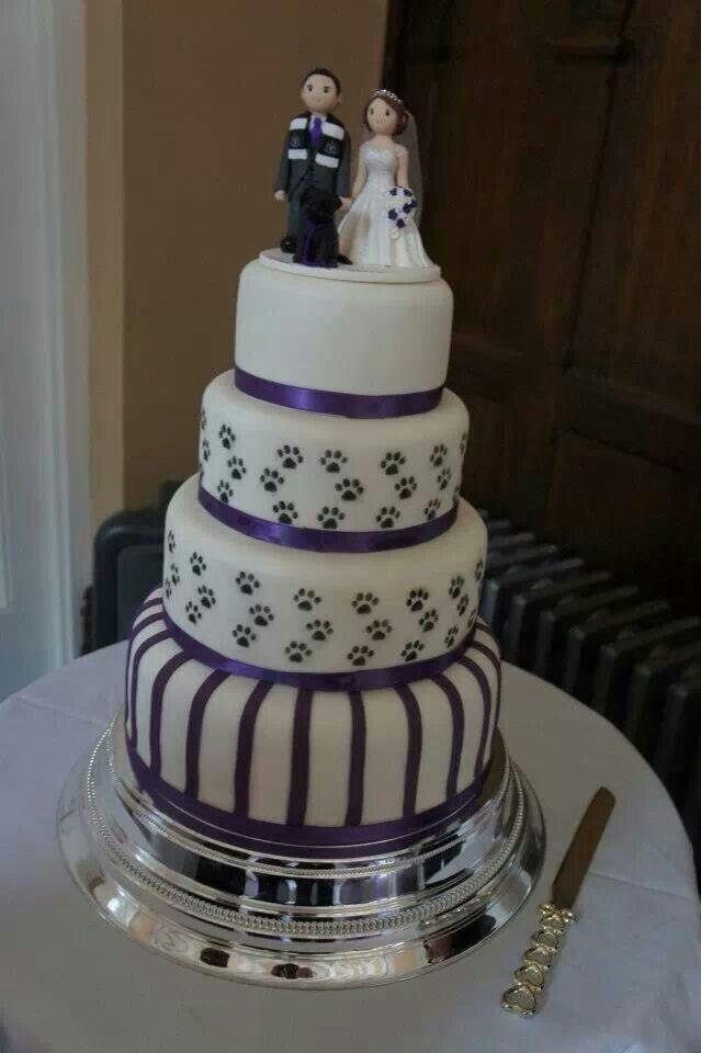 Wedding cake with dog paw prints | Wedding Cakes in 2019 ...