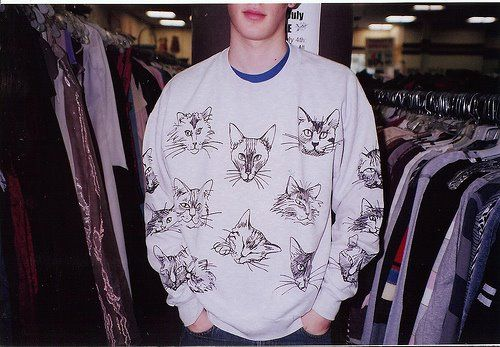 I want this sweatshirt!  Better yet, I want a guy who would wear this sweatshirt!