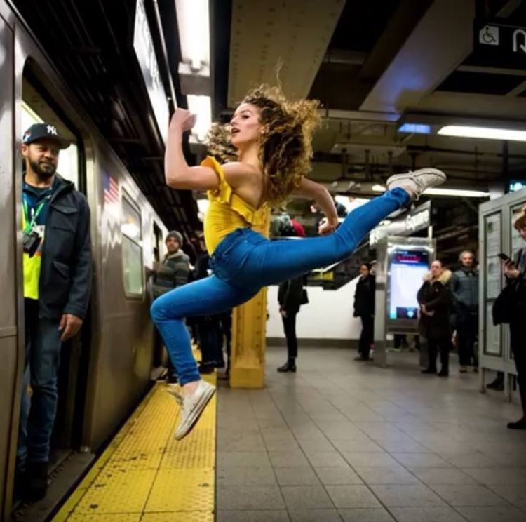 Pin by robin stevens on sophie dossie in 2019 sofie dossi dance pictures dance poses - Sofie dossi gymnastics ...