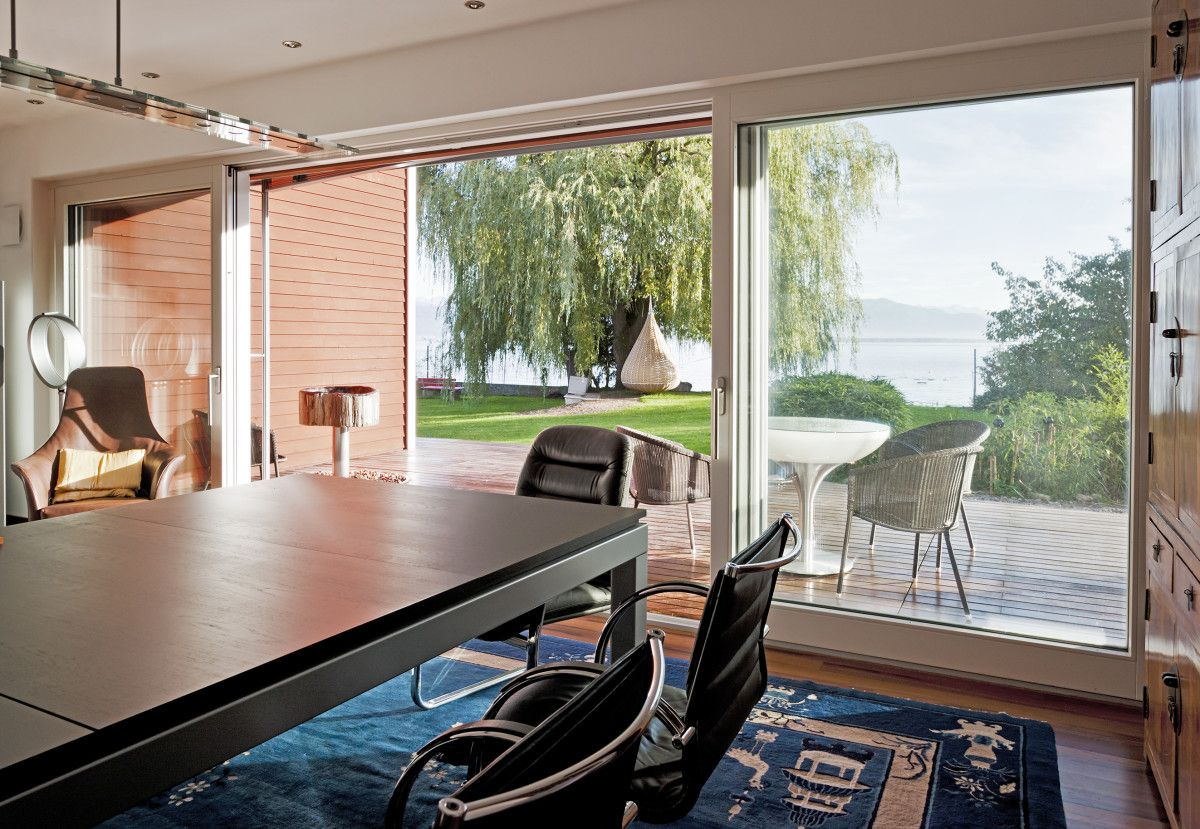 Esszimmer mit Terrasse - Inneneinrichtung Bungalow Haus am See von ...