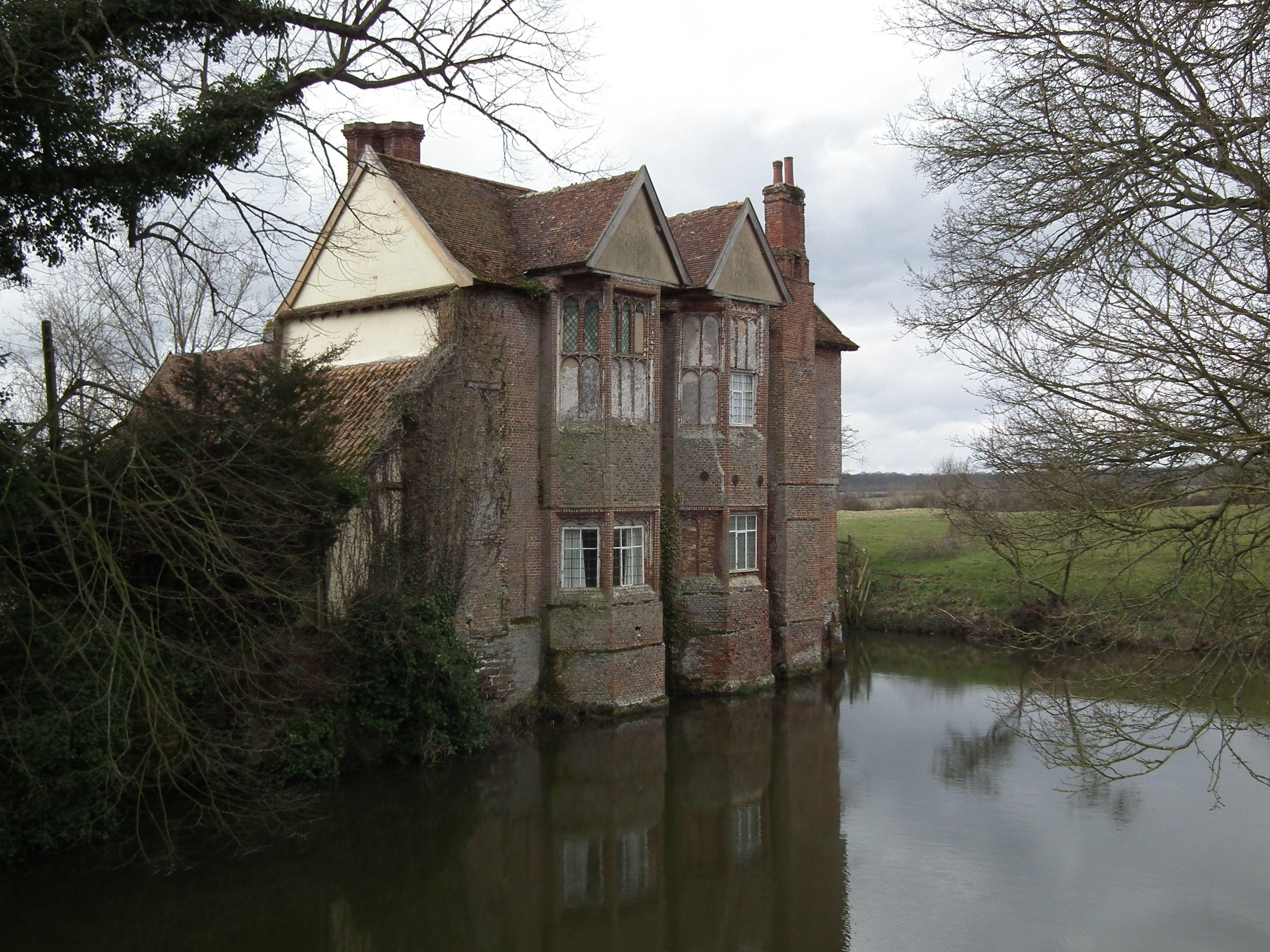 Moat Hall Parham Suffolk Houses Pinterest Rivers
