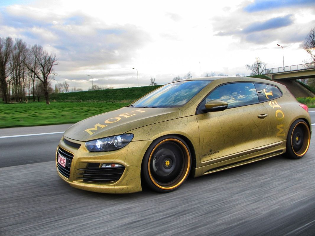Moët & Chandon Gold VW Scirocco Carwrap