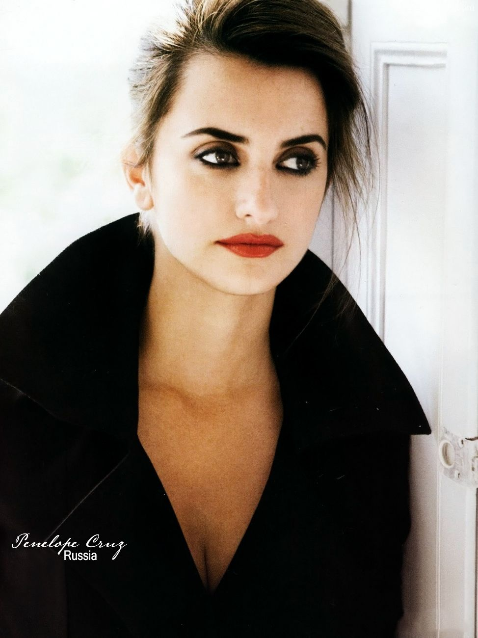 penelope cruz for lancome make up girl stuff pinterest penelope cruz lancome and salma. Black Bedroom Furniture Sets. Home Design Ideas