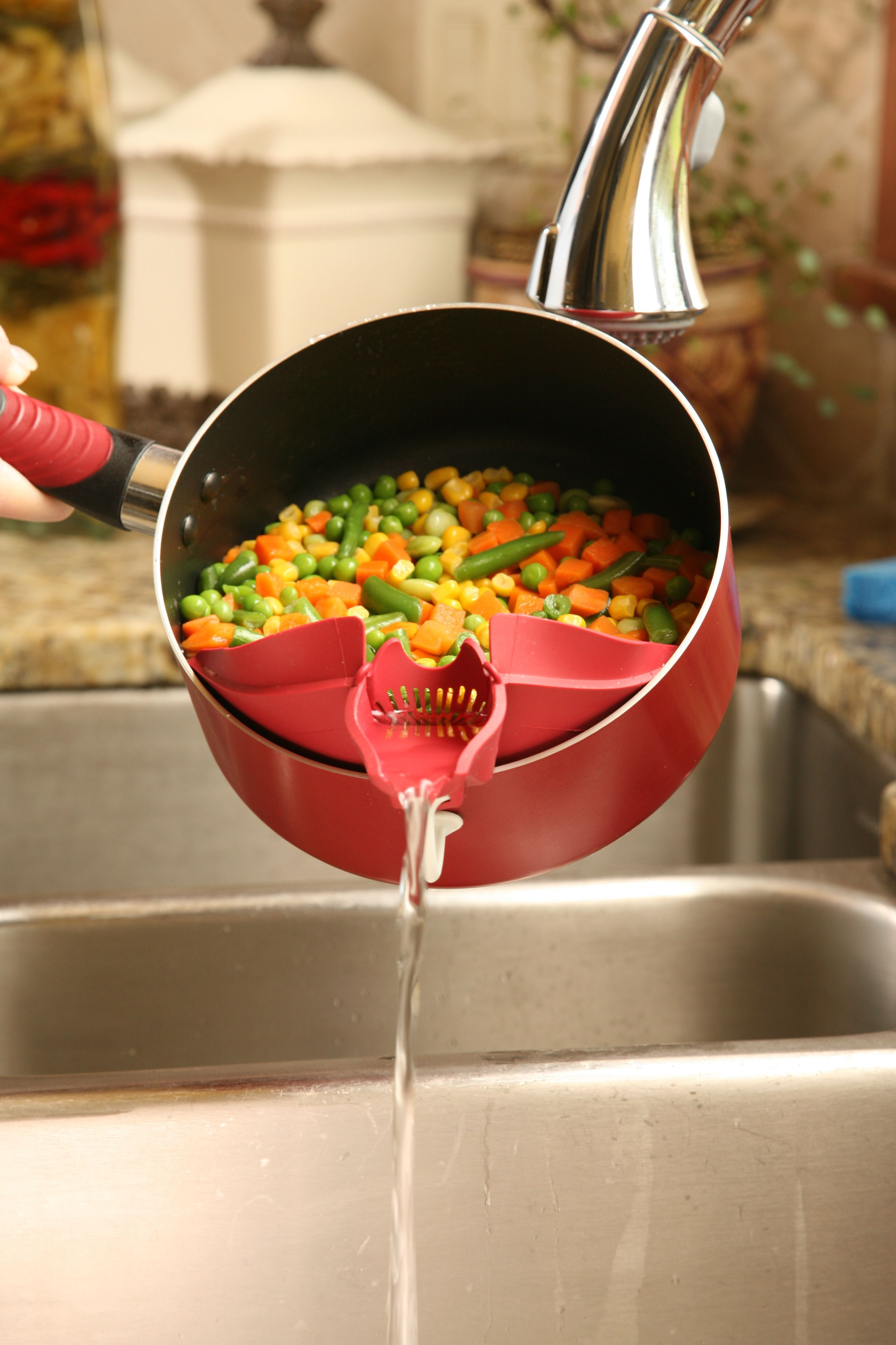 The Original Clip On Spout By Silpoura Cooking Gadgets Cool Kitchen Gadgets Cool Kitchens