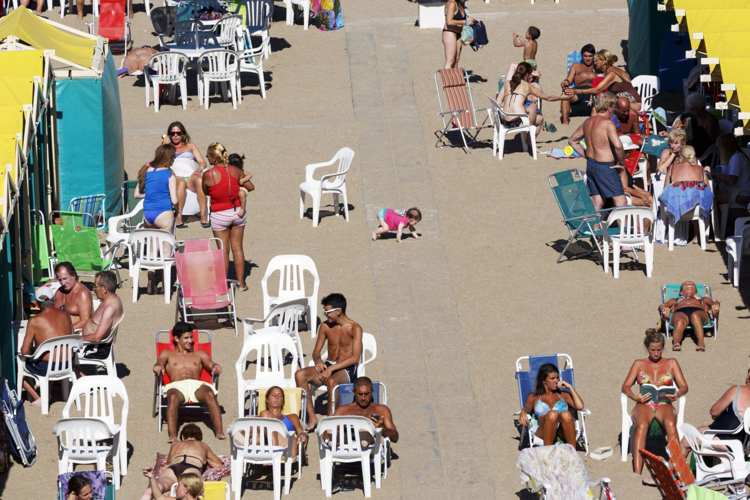 Martin Parr Beach Therapy 2 Agglomeration Martin Parr