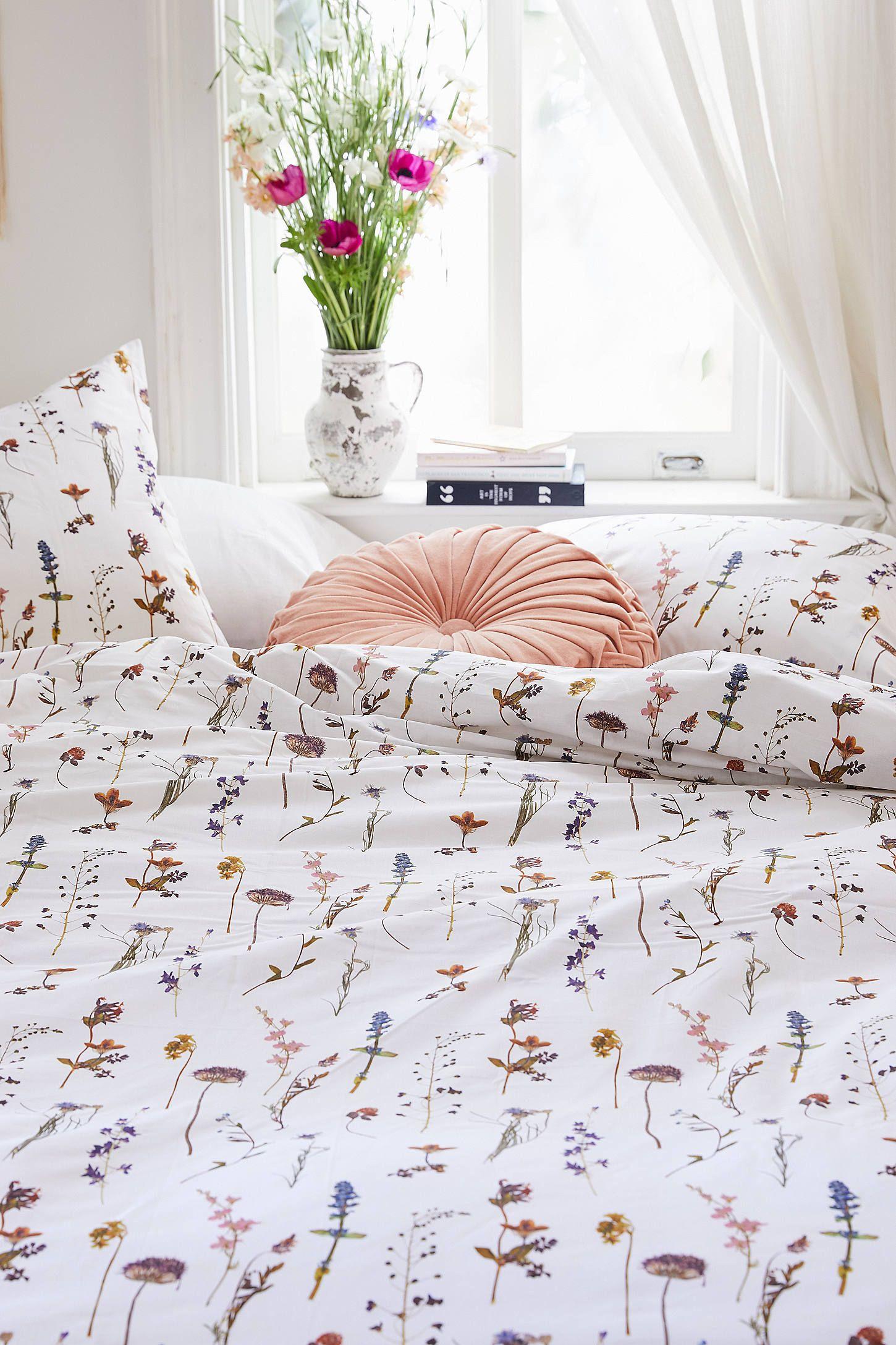 Ensemble Housse De Couette Fleurs Sechees In 2020 Spring Bedroom Duvet Cover Sets Spring Bedroom Decor