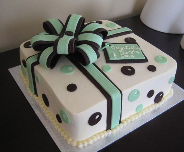 Chic Engagement Cake As A Gift Box With Bow Png Gift Box Cakes Engagement Cakes Cake Pictures
