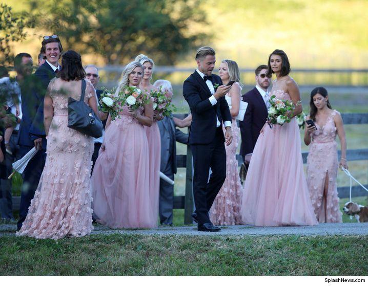 Julianne Hough S Rough Road To Marriage Bus Breaks Down Tmz Com Wedding Wedding Bridesmaids Friends Bridal