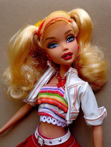 ed23027661 Exotic My Scene Barbie Doll Roller Skate Street Girl Mint Clothes Shoes  Socks