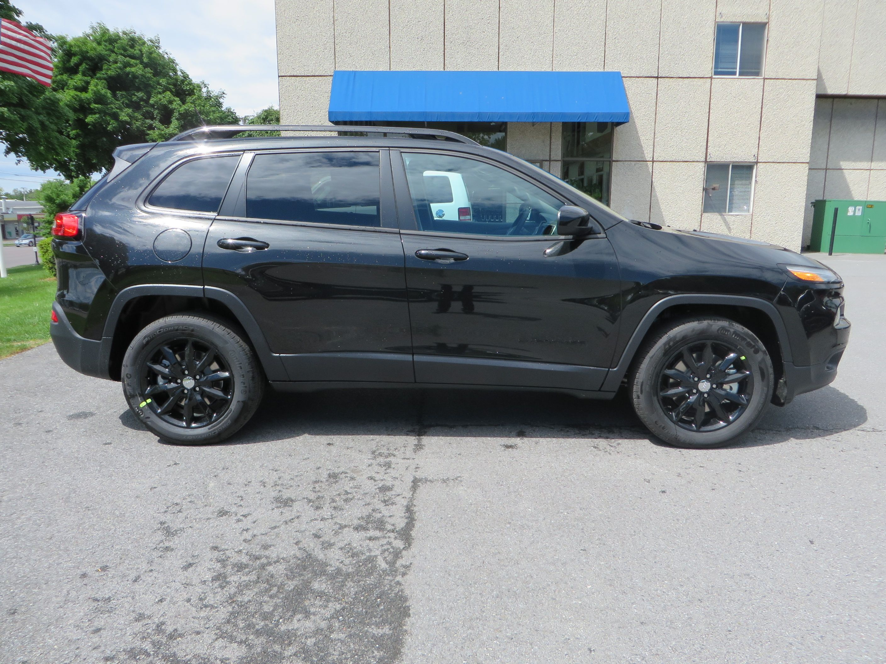 The 2014 Jeep Cherokee Altitude Is Here This Particular One Is