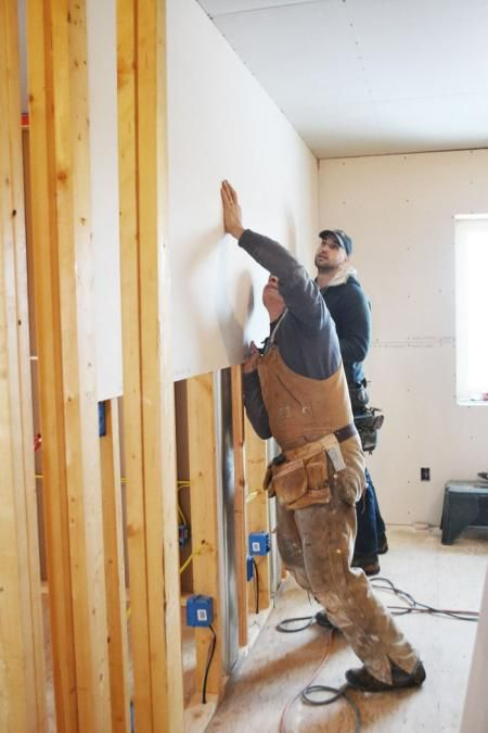 The Ram S Drywall Hanging Guide Hanging Drywall Small Woodworking Projects Build Your Own House
