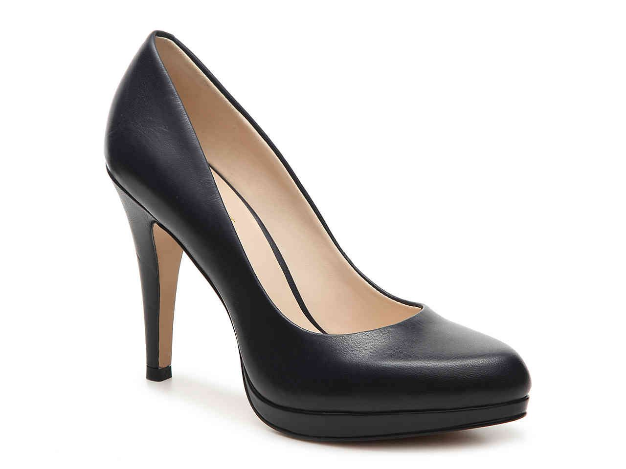 6e532c632 Nine West Navy pump. Need.