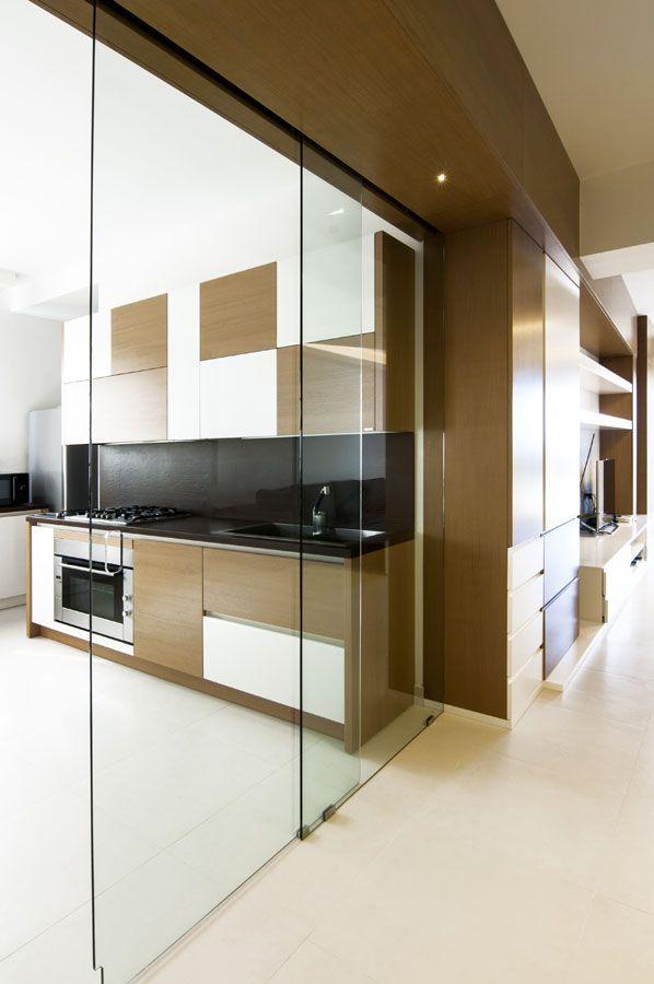 La cucina in una scatola di vetro #kitchen #legno #wood ...