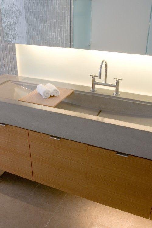 Long Trough Sink. Like The Little Board That Spans It!