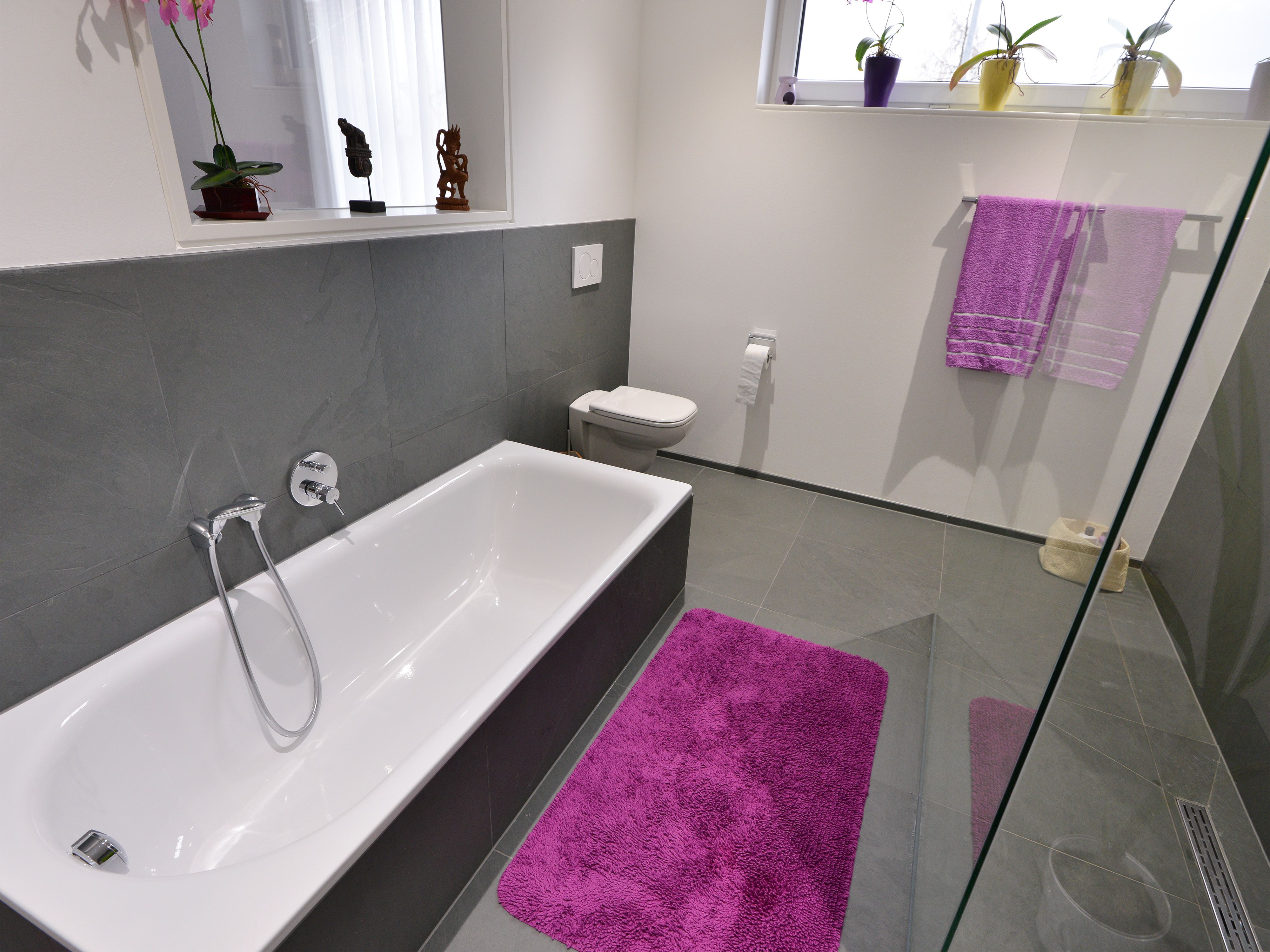 kann man im badezimmer laminat verlegen slagerijstok. Black Bedroom Furniture Sets. Home Design Ideas