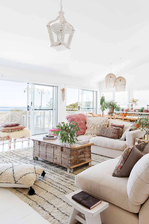 Elle Decor Best Room Wins Dan 12 Best Diys Room Decor Emojis Back To School Bes In 2020 Coastal Decorating Living Room Contemporary Decor Living Room Coastal Interiors #sleeping #in #the #living #room #ideas