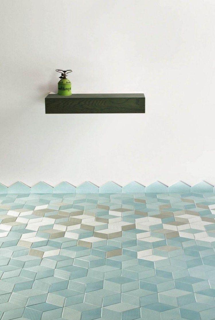 hellblaue Fliesen mit geometrischem Muster - kleine Kuben | home ...