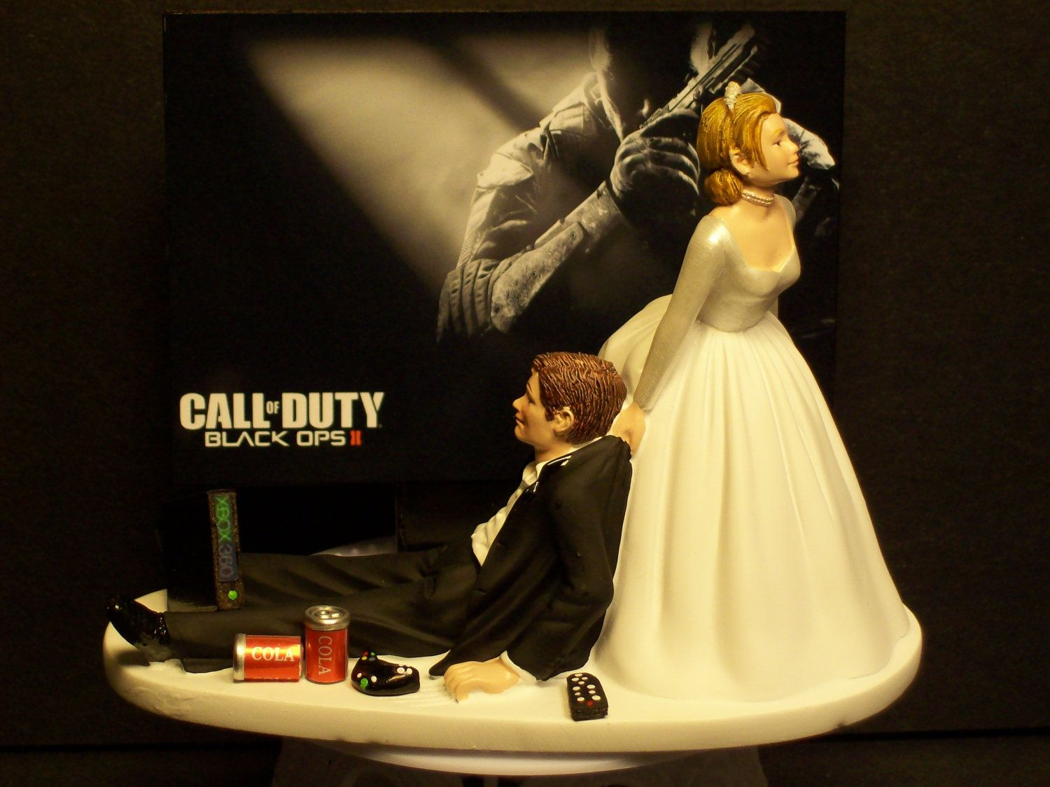 Video Call Of Duty Black Ops 2 Bride And Groom Funny Wedding Cake Topper