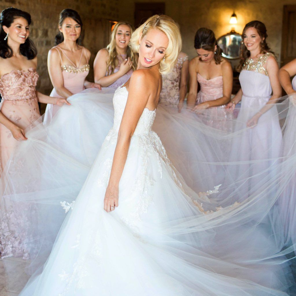 Anna Camp Therealannacamp Twitter Celebrity Wedding Dresses Wedding Dresses Celebrity Weddings