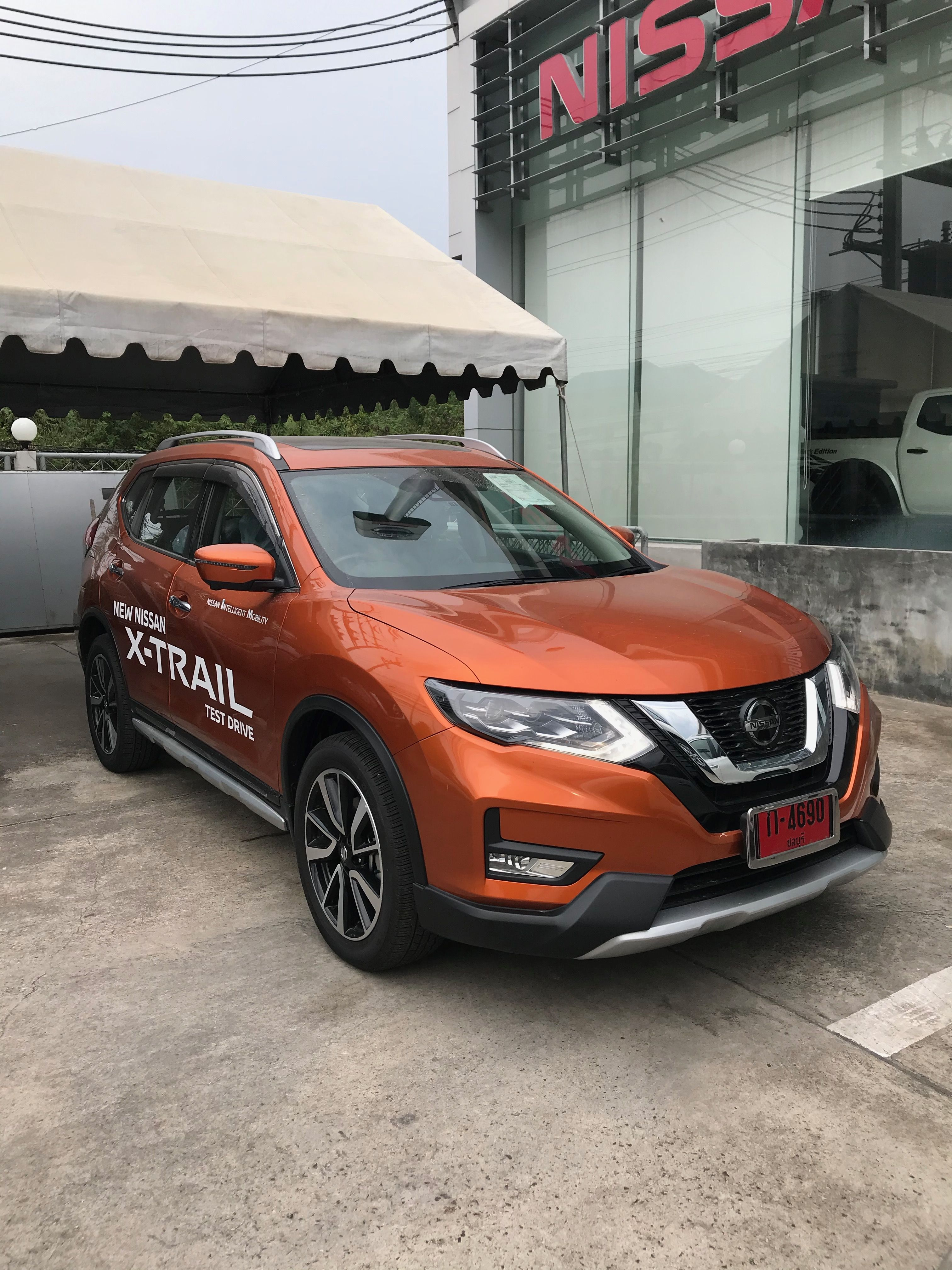 Nissan X Trail 2 5vl 4wd 2020 37 Lakh Real Life Review Nissan Nissan Xtrail Nissan Rogue