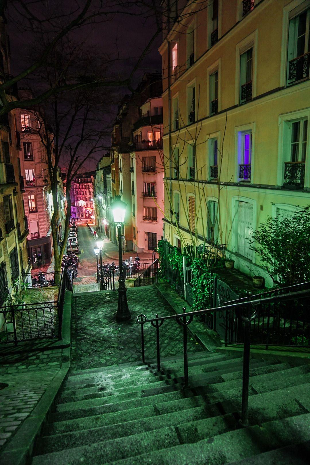 Paris, Montmartre. Instagram : y_ouhou