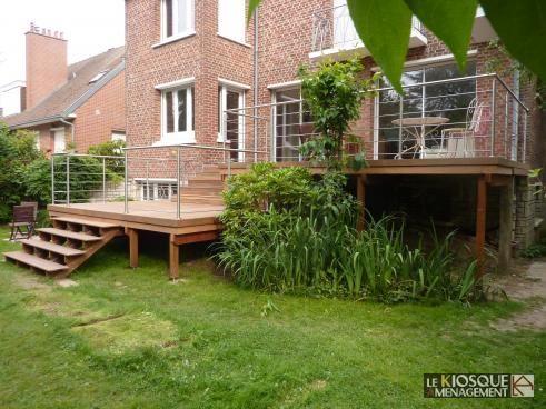 Backyard deck terrasse bois et garde corps inox - Le Kiosque