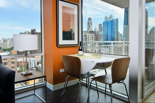#17 Flair Tower Chicago Luxury Apartment Building