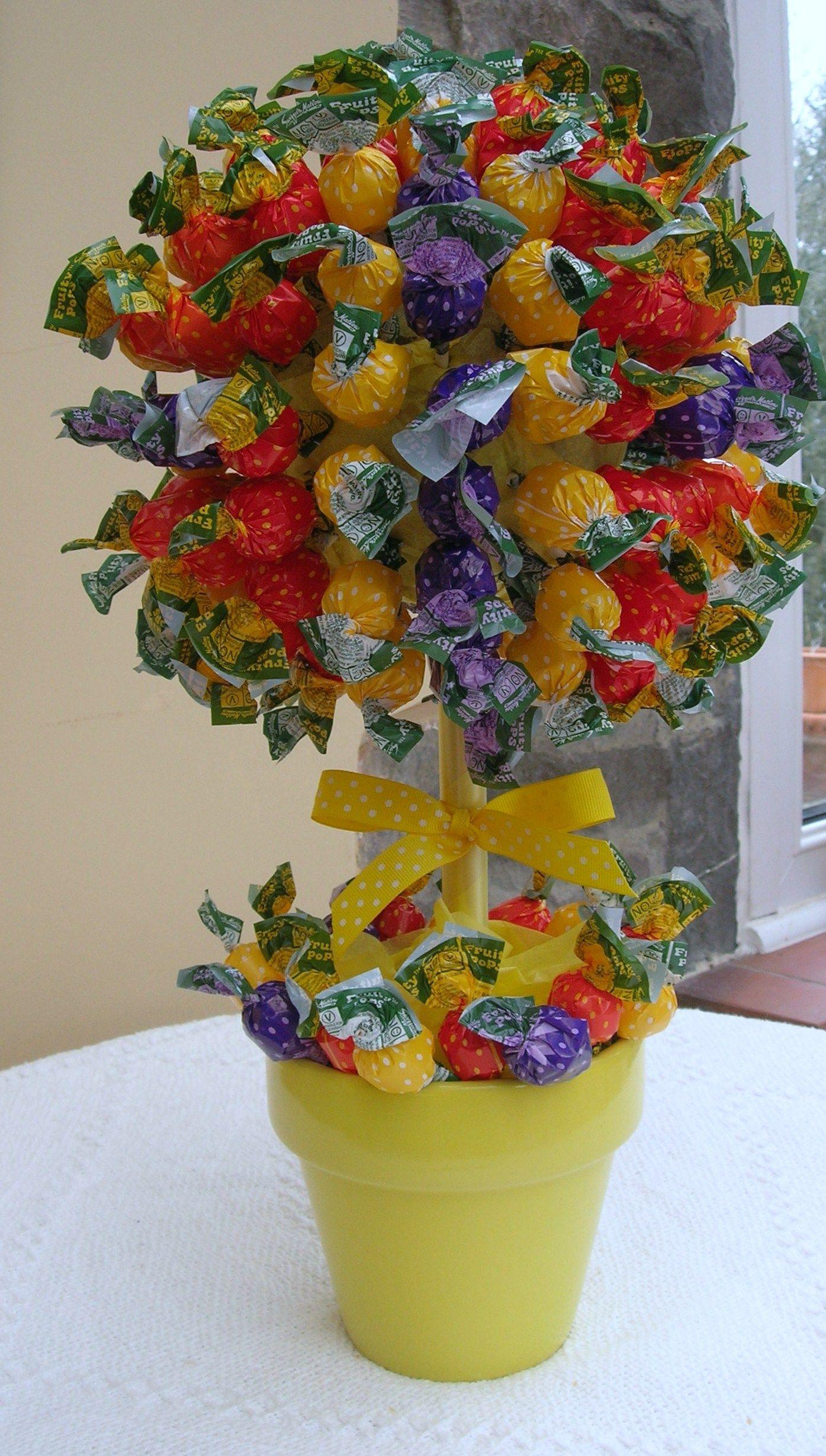 Lolly sweet tree | ideas | Pinterest | Sweet trees, Candy bouquet ...
