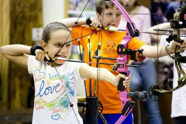 Hunger Games And Olympics Spawn New Generation Of Archery Fans Youth Archery Archery Lessons Olympic Idea
